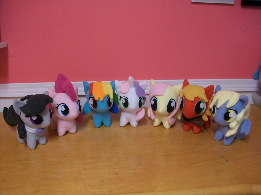 Another group of chibi ponies!
