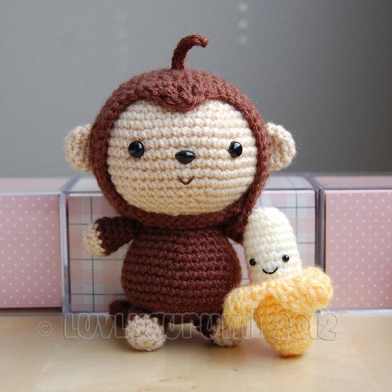 BABY MONKEY AND HIS BANANA!