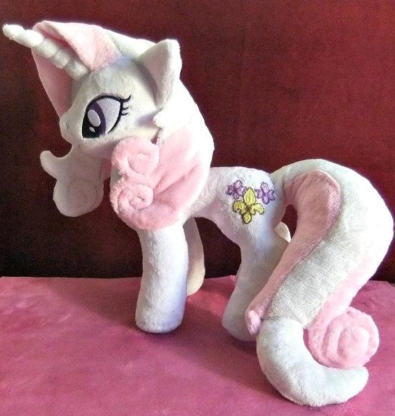 Masha's Fleur-De-Lis pony