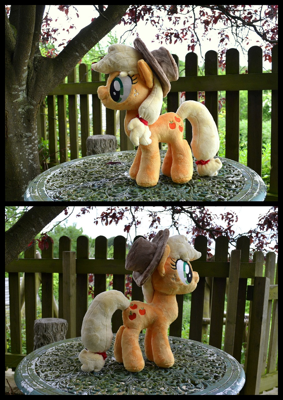 My Apple Jack plushie crafted by the wonderful PulsefireKitten!!!!!!  :D