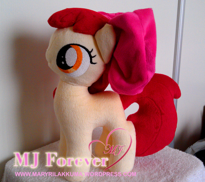 Apple Bloom without her Cutie Mark Crusaders cape