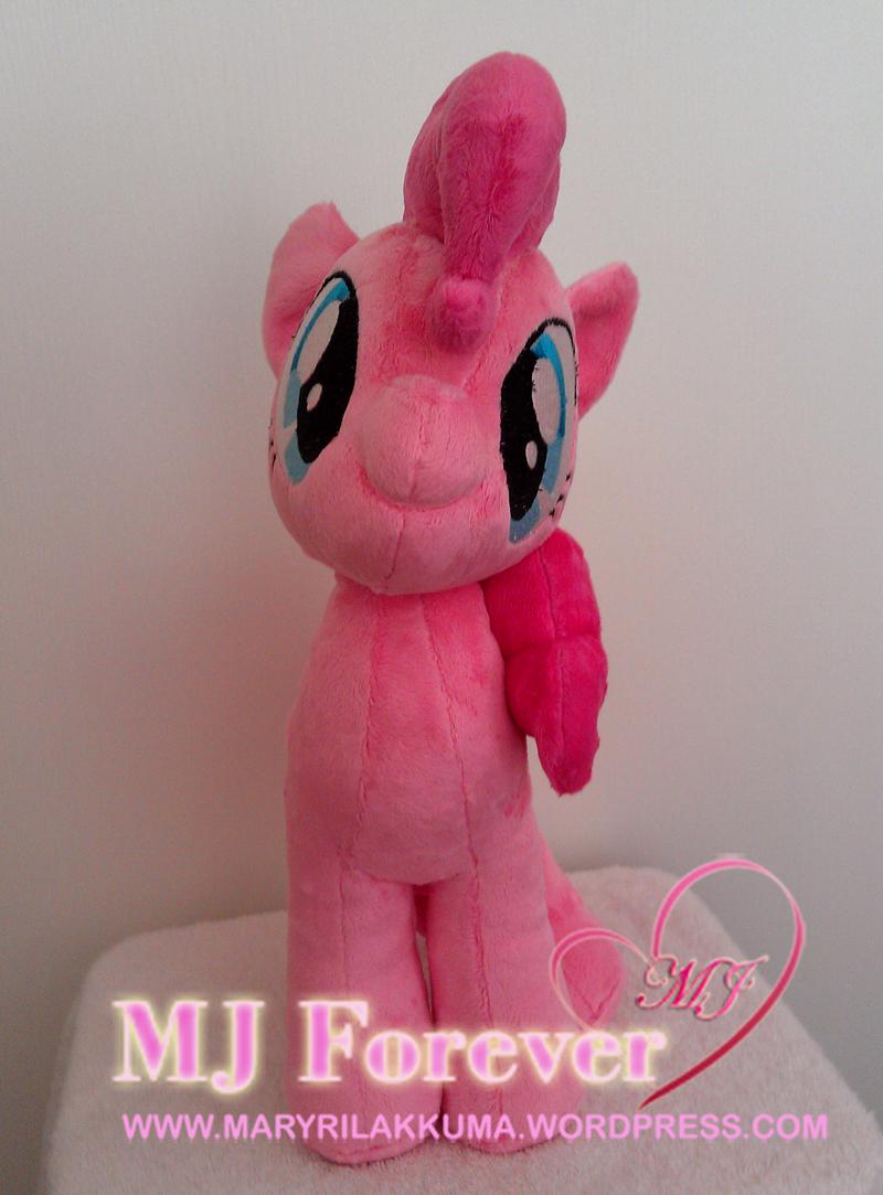 Pinkie Pie plushie by PulsefireKitten!