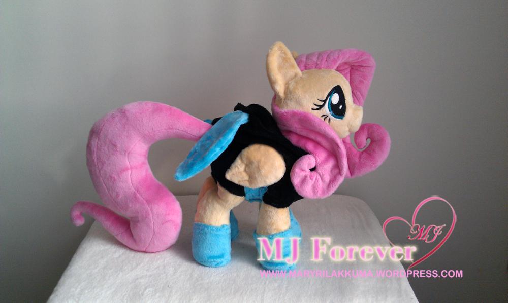 Dangerous Mission Fluttershy plushie by Sophillia - hood off :D
