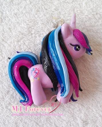 Mardelia pony charm gift from PinkSugarCotton!