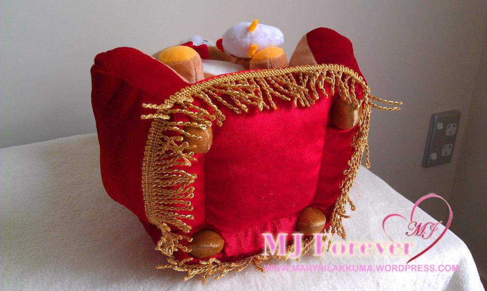 Rilakkuma Winter Wonderland thrones series