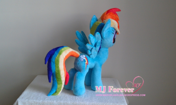Rainbow Dash plushie by meeeeeee!!!!!!!