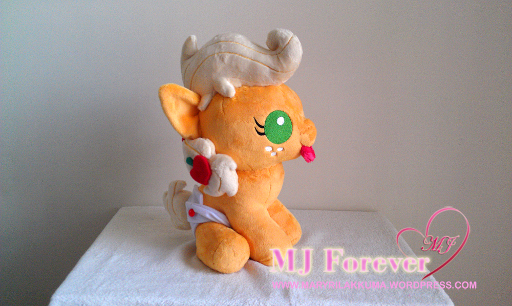 Baby Applejack plushie by Sugarstitch