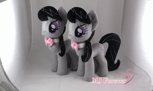 Octavia plushie by meeee!!!!!