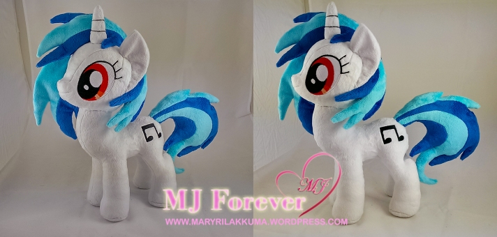 Work in progress pic of Vinyl Scratch plushie by meee!!!