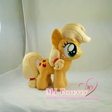 Applejack filly plushie sewn by meee!!!