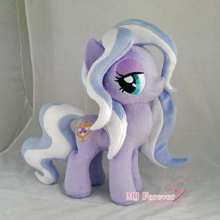 Wisteria Bell plushie sewn by meee!!!