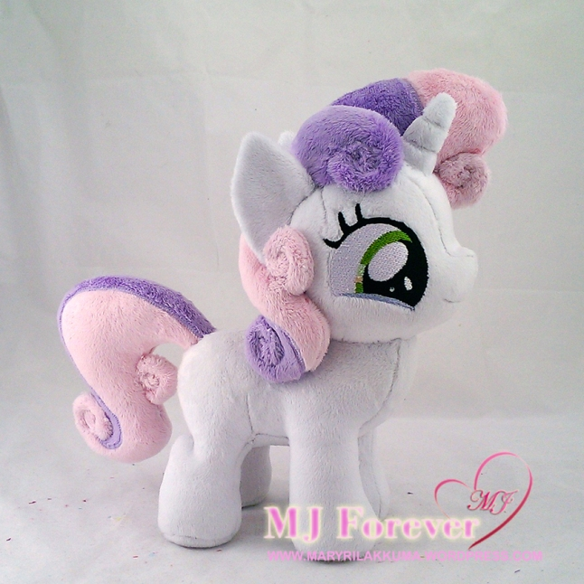 Sweetie Belle plushie sewn by meee!!!!