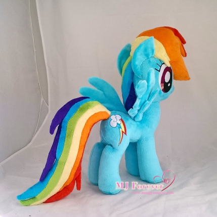 Rainbow Dash plushie sewn by meee!!!!