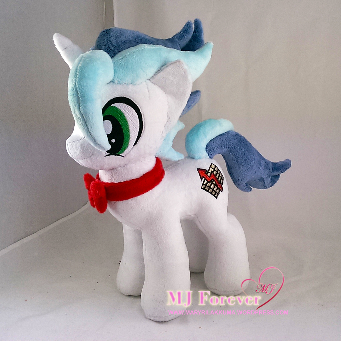 Tax Rise OC plushie (commission) sewn by meee!!!!