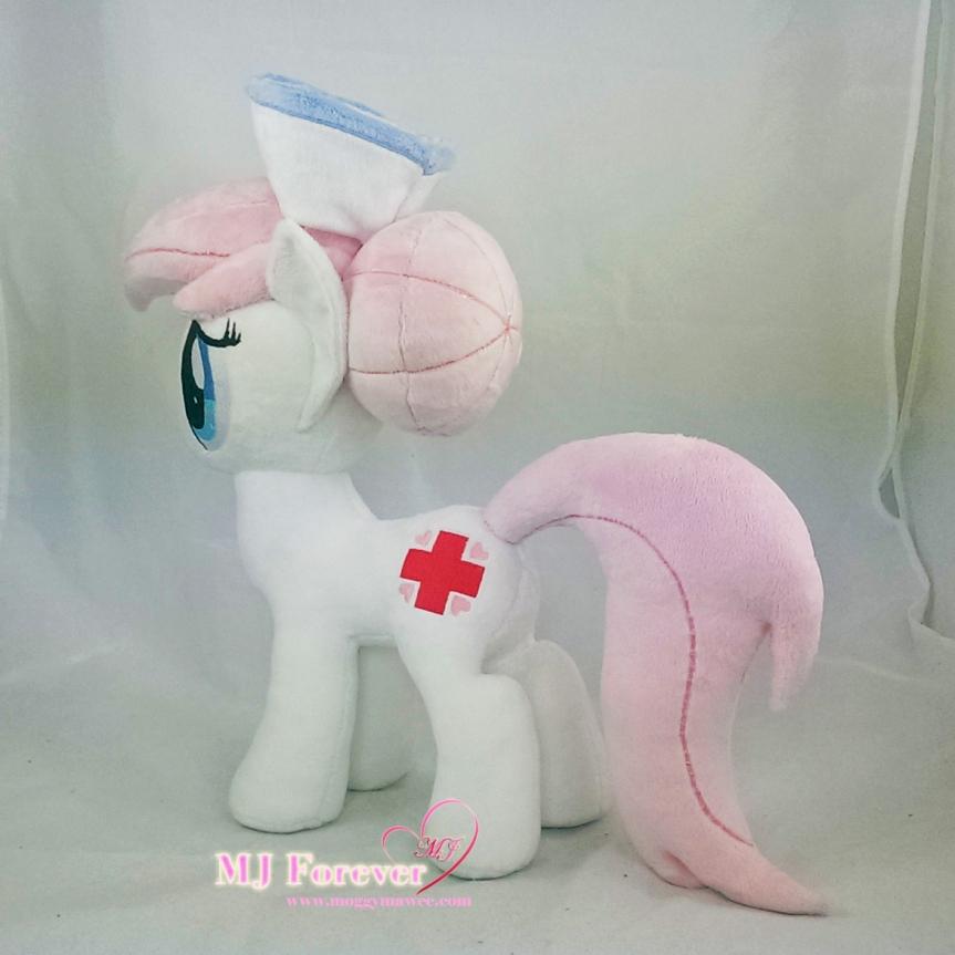 Nurse Redheart plushie sewn by meee!!!