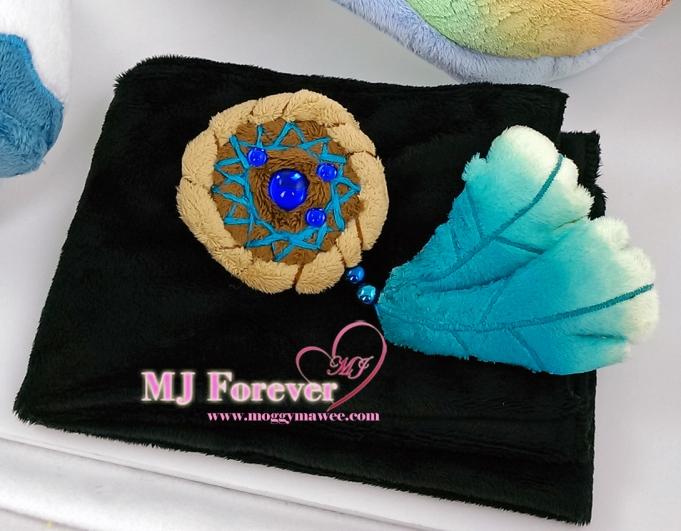 Fantasia (aka Lucid Tone) OC plushie, sewn by meeee!!!!!!