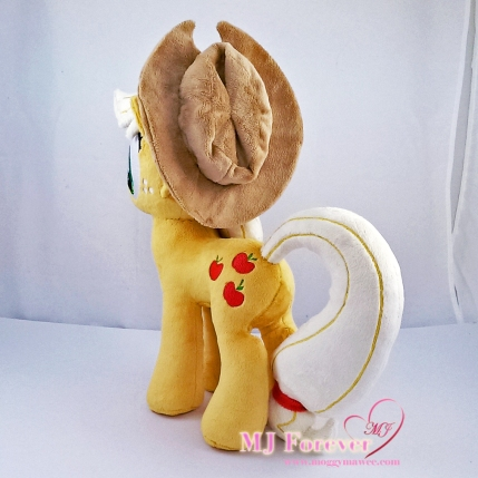 Applejack plushie sewn by meee!!! For sale!