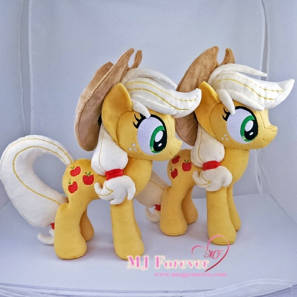 Applejack plushies sewn by meee!!!