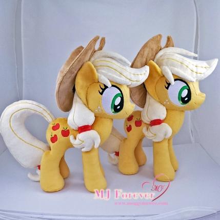 Applejack plushies sewn by meee!!!
