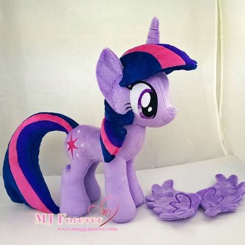Twilight Sparkle plushie sewn by meeee!!!!!
