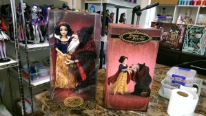 Snow White and the Witch limited edition dolls :)